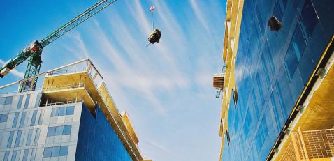 Правительство России упразднило неактуальные акты в сфере строительства, СРО и ЖКХ
