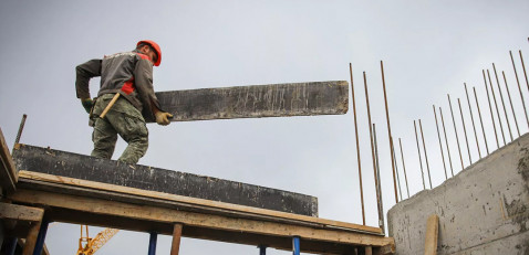 Минстрой: подорожавший металл на стройках можно заместить композитами